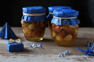 Орехи в мёде