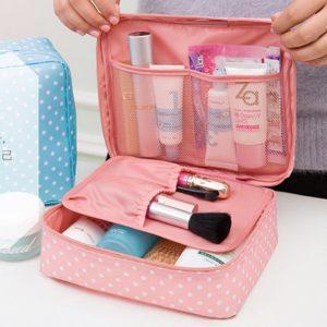 Необходимые вещи для женщины в путешествии