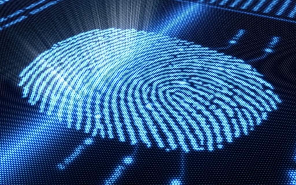 Современные методы дактилоскопии уже не требуют пачкать пальцы краской - существуют высокоточные сканеры, которые снимают отпечатки в цифровом виде