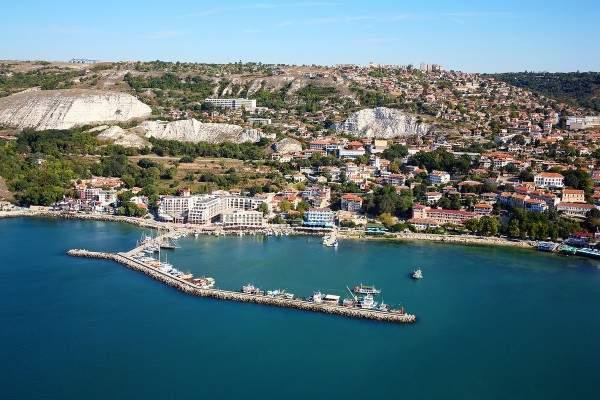Получить визу в Болгарию нетрудно: требования к россиянам здесь очень мягкие