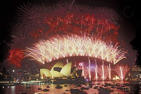Салюты и световые шоу в Австралии потрясают своими масштабами