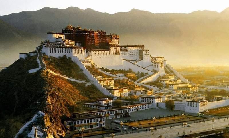 Китайские дворцы иногда можно посмотреть без визы - но далеко не все