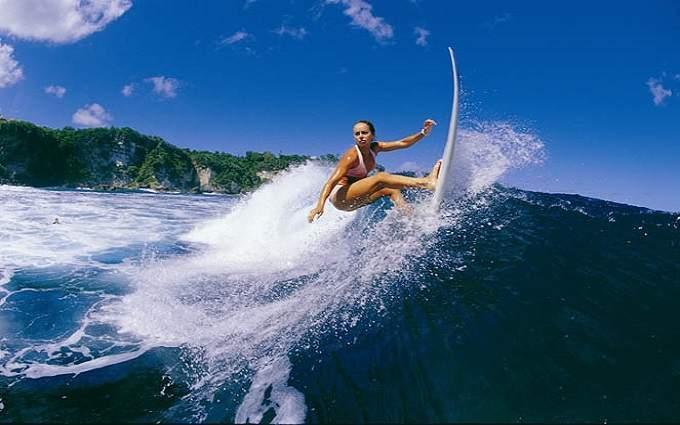 Сёрфить в Австралии – это, конечно, круто. Но если у вас получится привезти в качестве сувенира настоящий австралийский борд, крутость возрастает в разы!