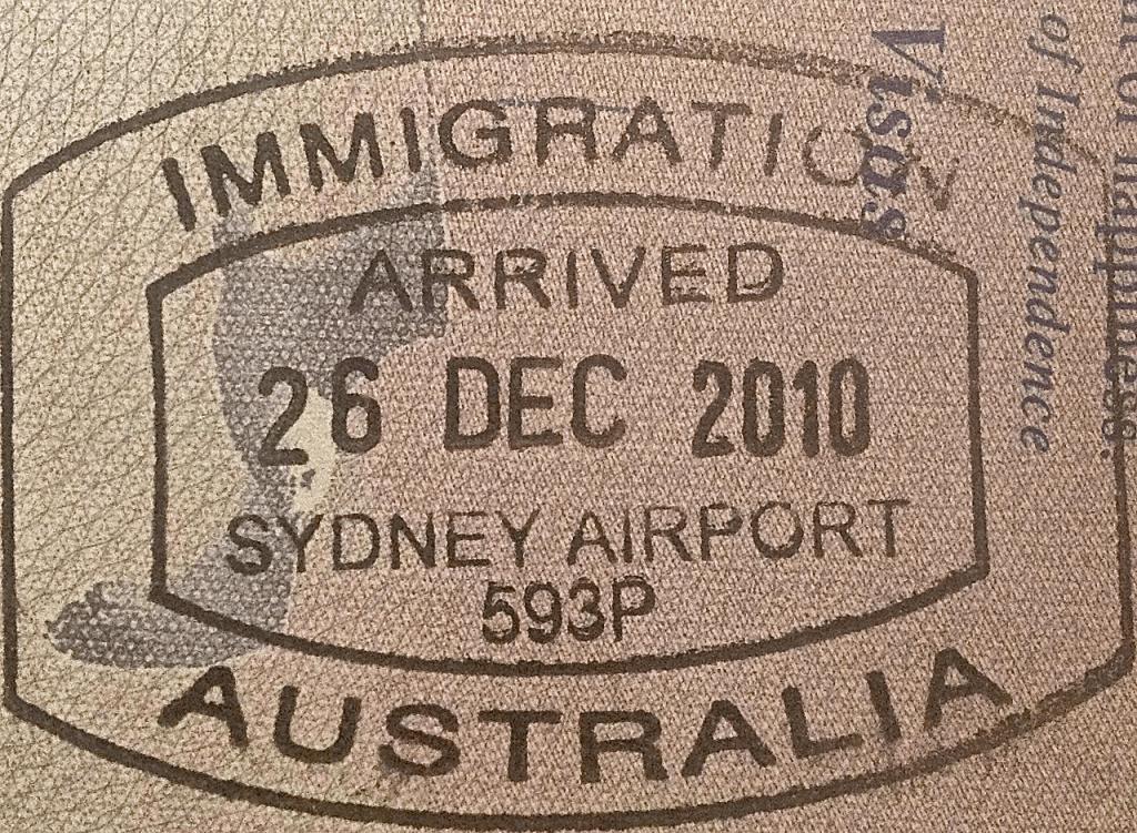 Подойдите к оформлению визы в Австралию ответственно, и удача вам обязательно улыбнется!