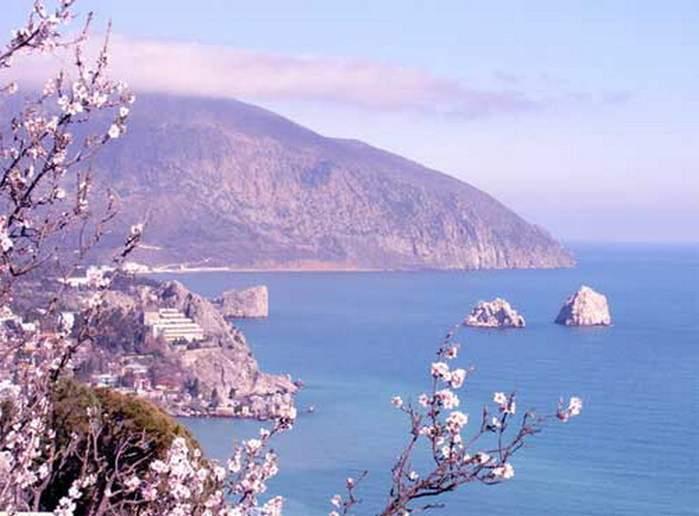 Отдых в Крыму весной