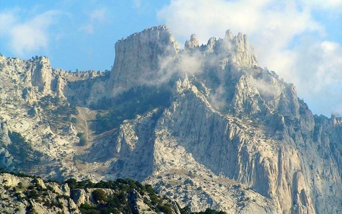 Горы Крыма манят не меньше, чем кавказские вершины