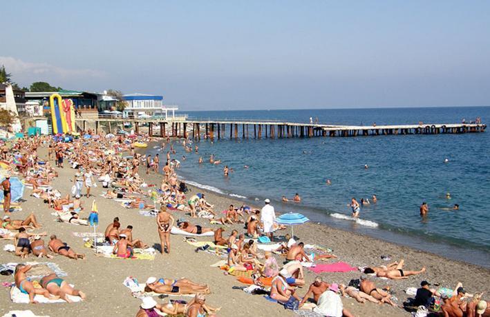 Алушта, пляж Профессорского уголка